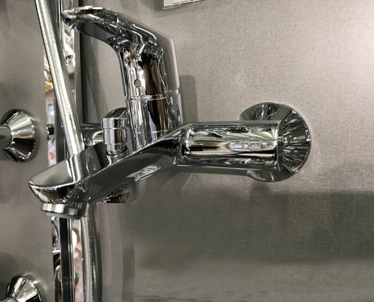 Смеситель для ванны Hansgrohe Focus Е2 3194000